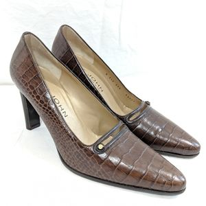 St John Thick Heeled Embossed Leather Pumps